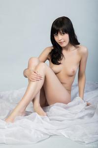 http://img107.imagetwist.com/th/07361/vzt6o7xrthnv.jpg