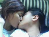 Ciuman Hot Lesbian INdonesia