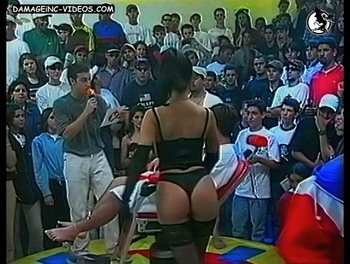 Tiazinha perfect booty in thong