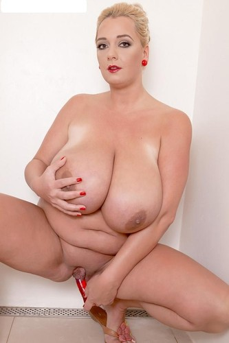 Emilia Boshe – Huge Boobs Can Emilia See Her Toes