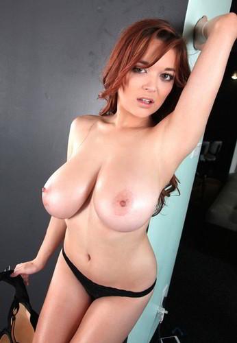 Tessa Fowler – Huge Boobs Black Lace GoPro Lapdance
