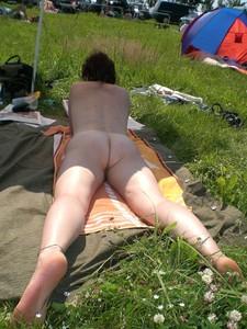 Sunbathing Voyeur von Vbulletin angetrieben