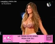 Mariana Antoniale sexy bra