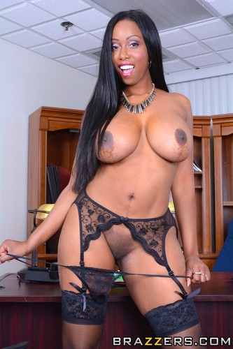 amateur big tits spread pussy