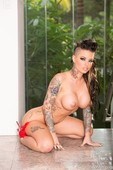 Christy Mack – Anal Oiled Up Ass Stretched