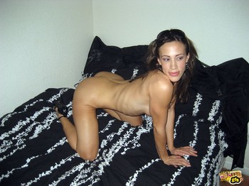 Nicoleta-private-photos-6-36tfbi0o5k.jpg